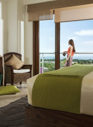 Mujer Vista mar Villa Hotel B Nayar Riviera Nayarit Resort Todo Incluido